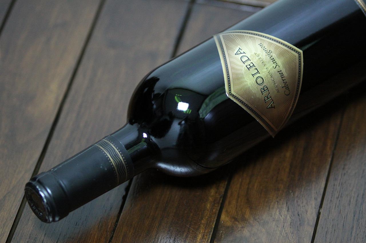 wine-bottle-852426_1280