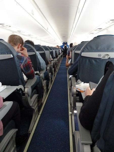 aircraft-interior-608064_1280.jpg