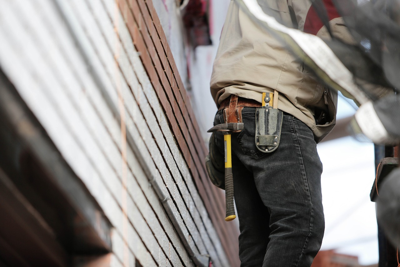 construction-worker-569149_1280.jpg