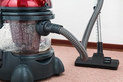 vacuum-cleaner-657719_1280.jpg
