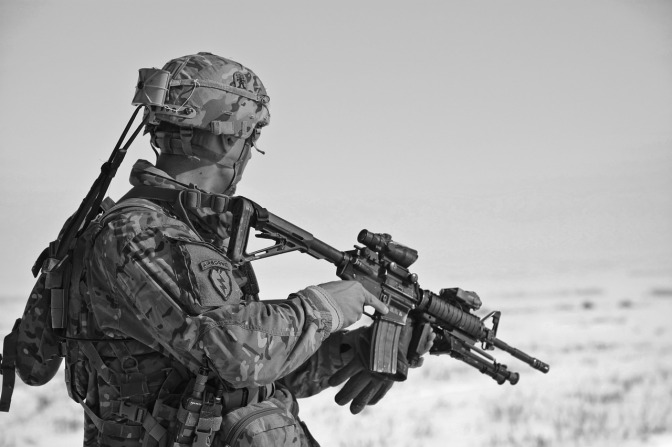 Grooming our kids for war? … the NZ Army takes guns into a PRIMARY school
