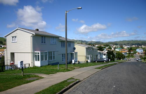 Porirua state homes sit empty for four years while 42K Kiwis remain homeless