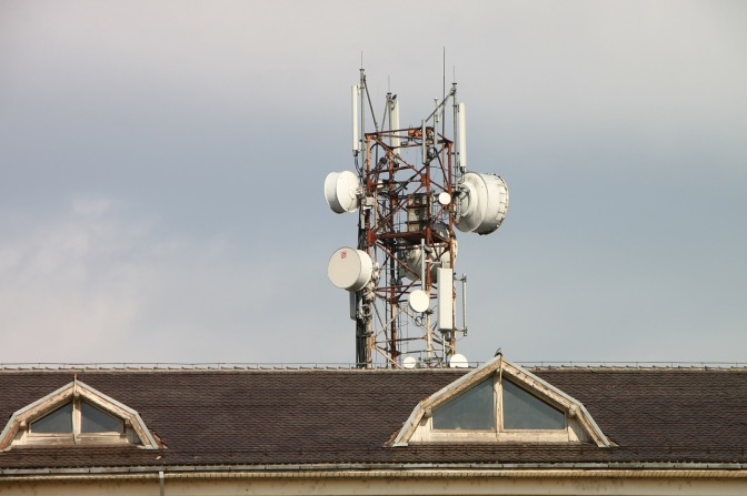 Smart cities, 5G and EMF pollution: How this 'new' technology will INCREASE our exposure to microwave radiation (think cancer risk for starters)
