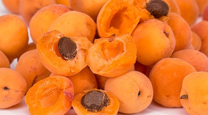 Why the sale of raw apricot kernels in Australia & NZ was banned in 2015