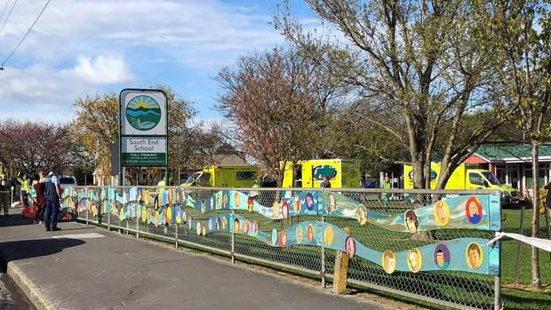 NZers are being poisoned! – Carterton School students in TWO schools fall sick, 10 sent to hospital, after plane drops unknown substance