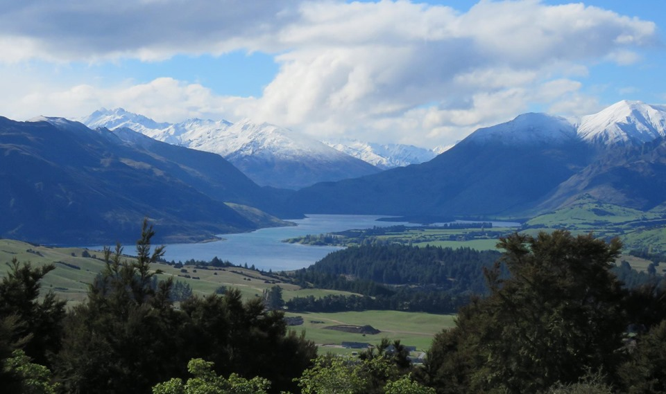 Looking up Lake Wanaka towards Makarora, from the top of Mt Iron - Photo Carol Sawyer
