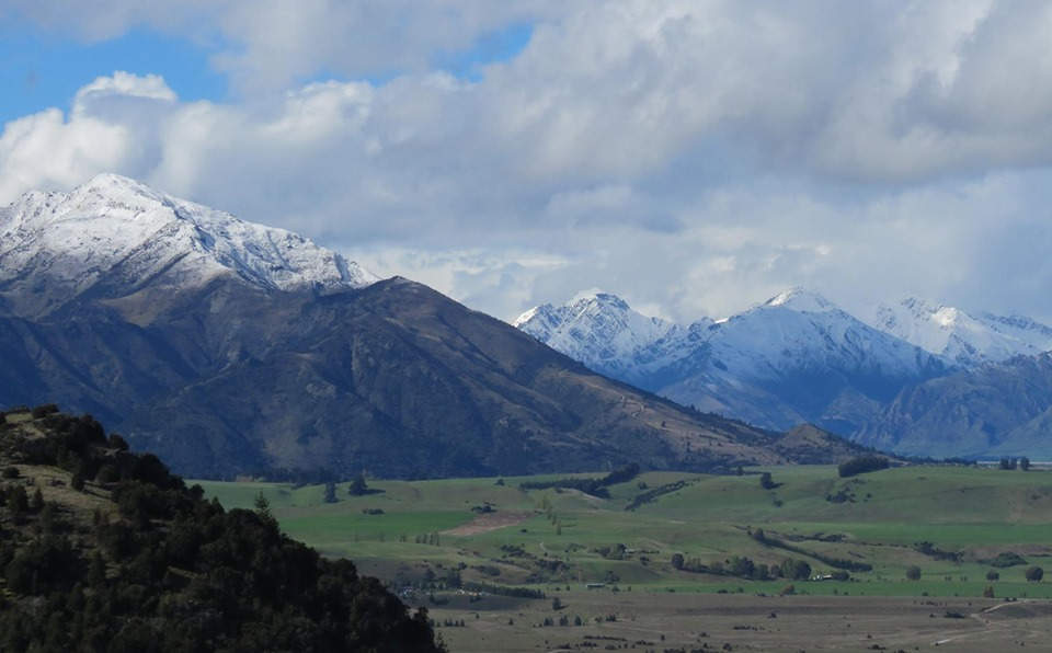 Mt Maude, from the top of Mt Iron. Timaru Creek and the mountains behind Hawea in the distance - Photo Carol Sawyer