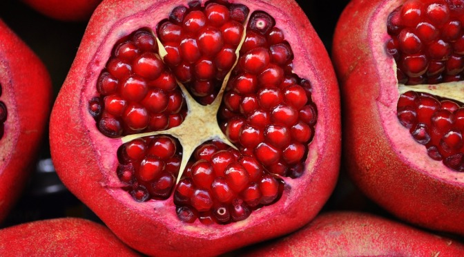 How to Clean Your Arteries With One Simple Fruit
