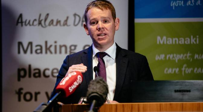 NZ's Health Minister Chris Hipkins says Government will use any method necessary to track Covid-19 contacts