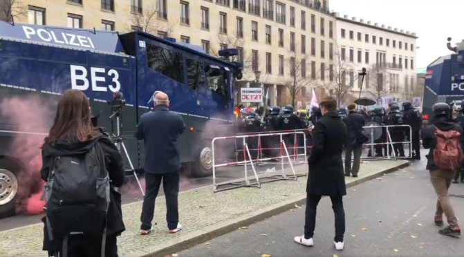 Water cannons & tear gas used in Germany against  protests over new draconian CV laws